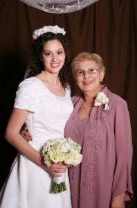 Sarah & Mama Bui December 2007