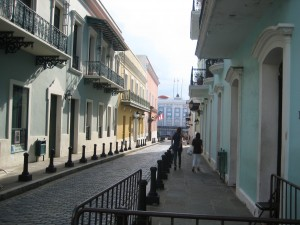 another cute street. The governor of Puerto Rico lives in the blue house at the very end of the road